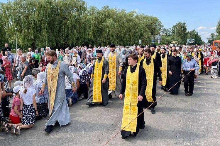 Хресний хід до Почаєва організований УПЦ (МП) увійшов у Ковель (Фото. Відео)