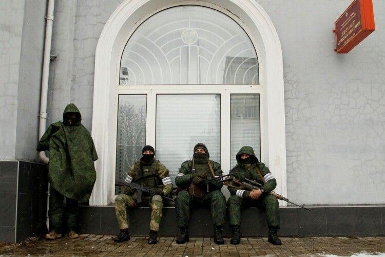 В ЛуганДонії російські окупанти набухалися «до чортиків» і перестріляли один одного