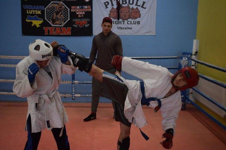 Луцькі гвардійці провели змагання з рукопашного бою