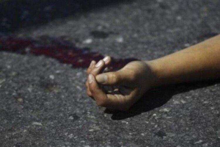Повісилася на мотузці від хрестика: 35-річна жінка вкоротила собі віку після сварки з коханим