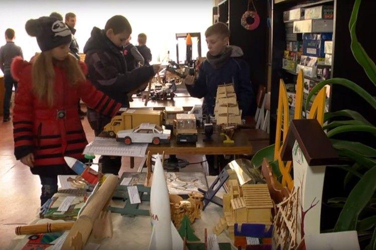 У Ковелі діє виставка робіт юних техніків (Відео)