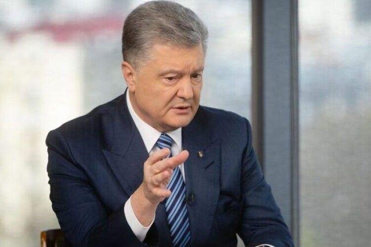 Петро Порошенко про дипломатію: легких переговорів не буває, треба діяти твердо, сміливо і наполегливо