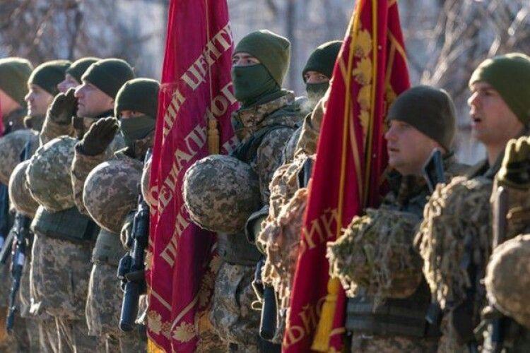 Збільшення штрафів і новий вид служби. Зеленський вніс до Ради законопроєкт про військовий обов'язок