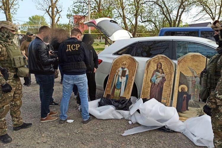 Серед викрадених ікон люди впізнали образи зісвого храму