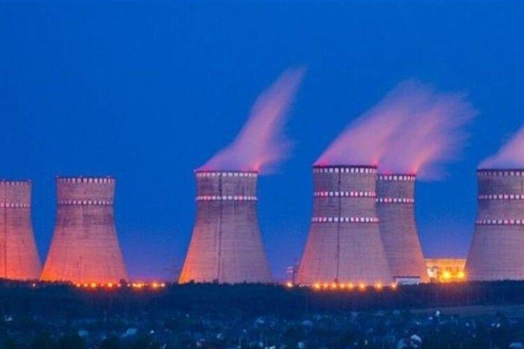 Цієї ночі охочі бігатимуть навколо… Рівненської атомної станції
