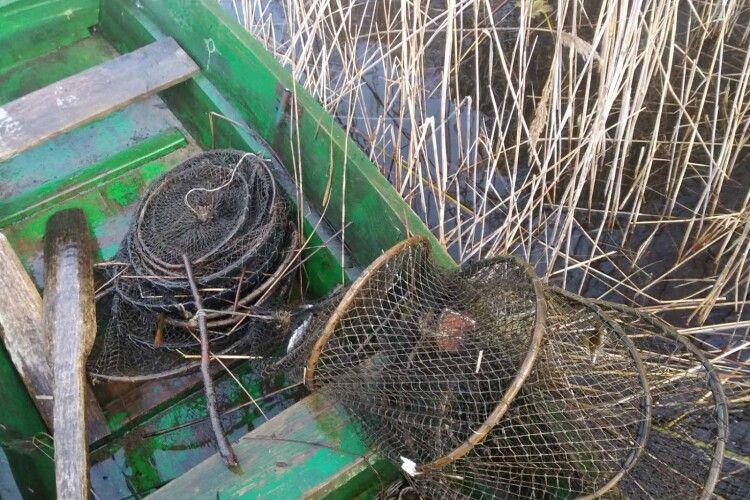 Попри нерестовий період на Шацьких озерах, браконьєри не дрімають