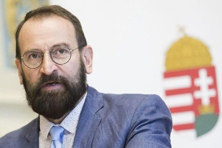 Організатор гей-вечірок у Брюсселі розповів, що заходи відвідували політики з України