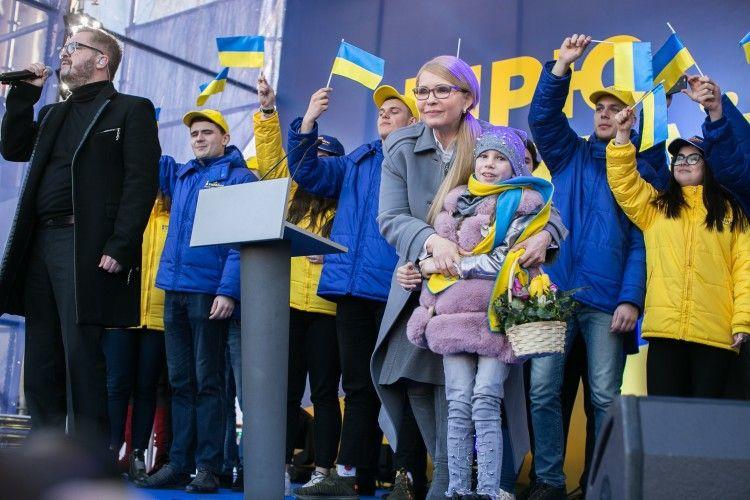 Юлія Тимошенко готова відповідати завзяті зобов'язання вже через півроку після отримання президентської булави
