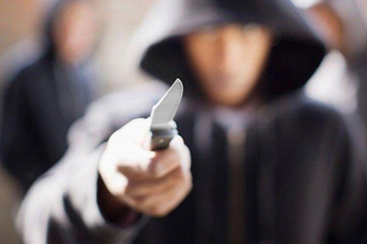 Бандитів, які в масках напали на оселю братів на Волині, ув'язнили