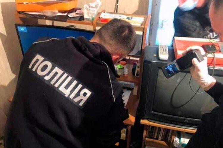 Поліція викрила двох пенсіонерів-педофілів на Буковині