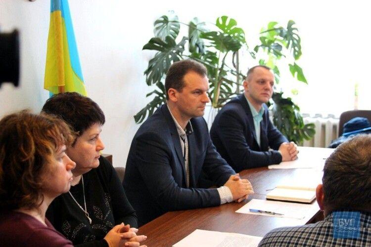 Депутати Зарічанської ОТГ оскаржуватимуть у суді рішення Кабміну про приєднання громади до Володимира