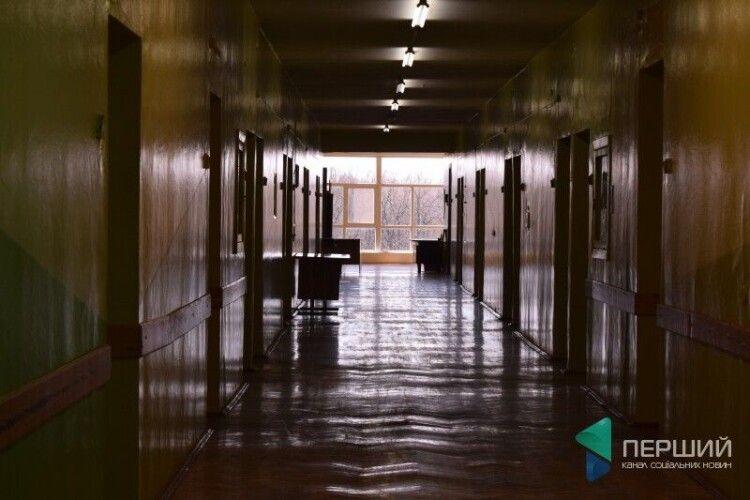 У Волинській обласній лікарні від коронавірусу помер пенсіонер