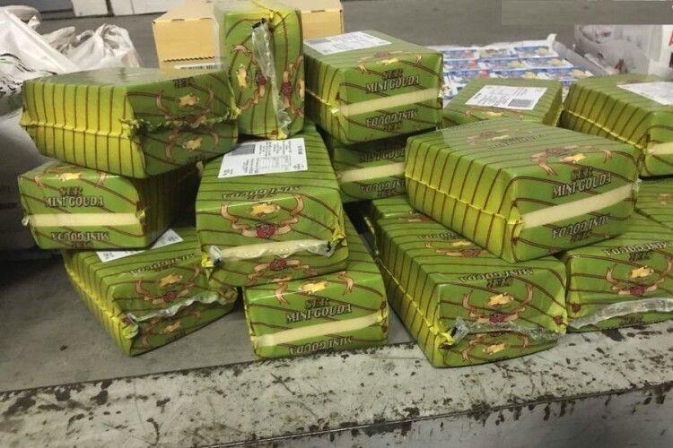 На «Ягодині» у німця знайшли 1000 пачок масла