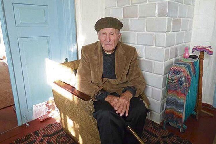 На Волині 95-річний ветеран Другої світової досі носить утілі осколки