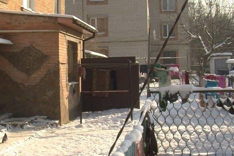 У Луцьку родину шпиталізували з отруєнням: деталі інциденту