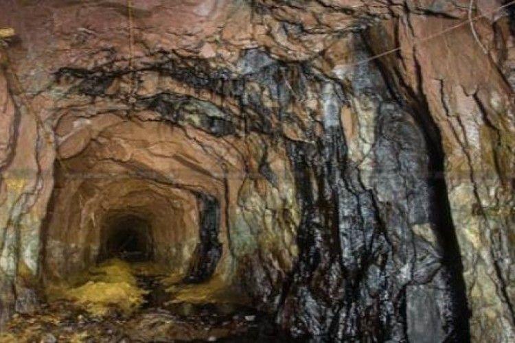Через обвал породи на шахті у Львівській області загинув робітник