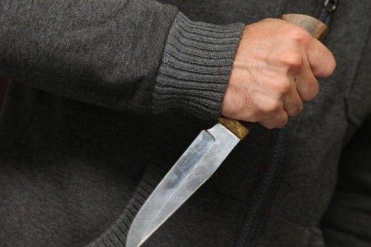 51-річний чоловік ножем у спину вбив свою співмешканку