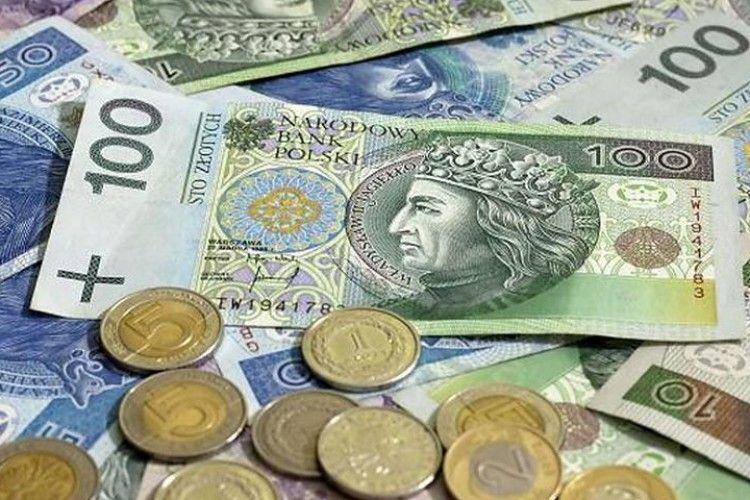 На «Ягодині» знайшли незадекларовану готівку