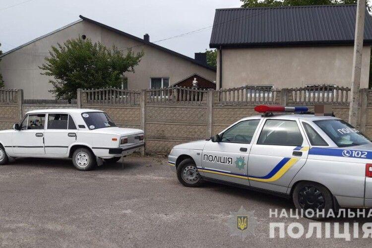 Щоб уникнути адмінвідповідальності, водій пропонував волинським поліцейським немалого хабаря