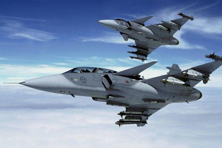 Зеленського просять відновити базу ВПС США під Полтавою