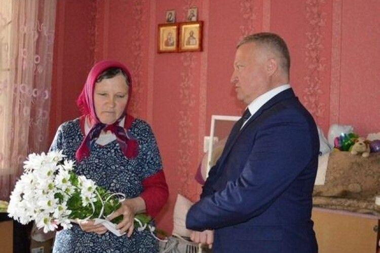 У Ковелі вшанували матерів загиблих Героїв АТО