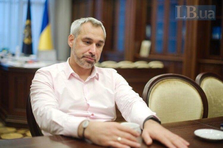 Колишній Генпрокурор Рябошапка заявив, що Зеленський обговорював «справи Порошенка» з керівниками правоохоронних органів