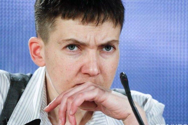Генпрокурор Луценко погрожує народній депутатці Савченко зняттям недоторканності