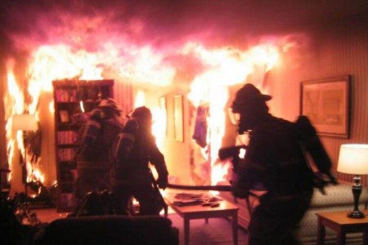 У Луцьку згоріла трьохкімнатна квартира