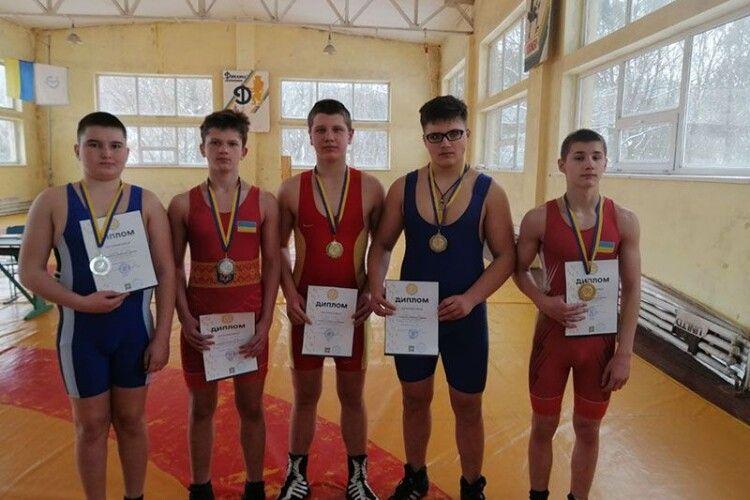 Нововолинські спортсмени привезли п'ять медалей з Відкритого чемпіонату Львівської області з греко-римської боротьби
