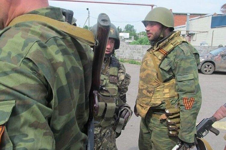Сьогодні бойовики на фронті гатили із мінометів. Один український військовий поранений