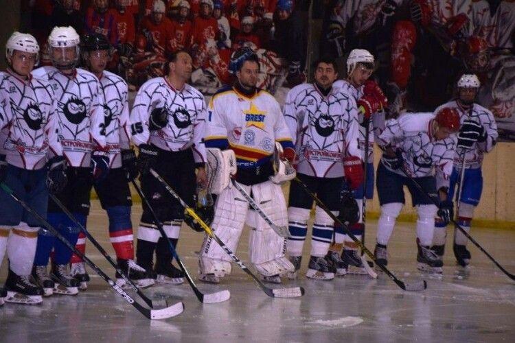 Пам'ять журналіста Юрія Яцюка у Луцьку вшанували міжнародним хокейним турніром