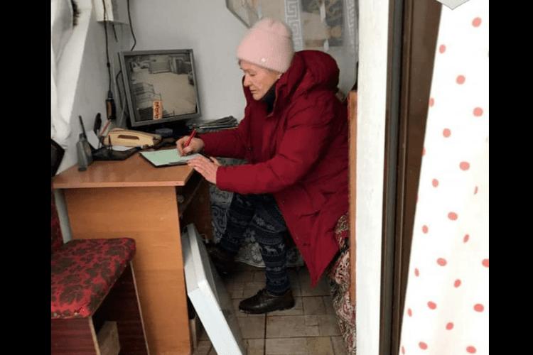 У Луцьку бабуся організувала незаконний бізнес на робочому місці (Фото)