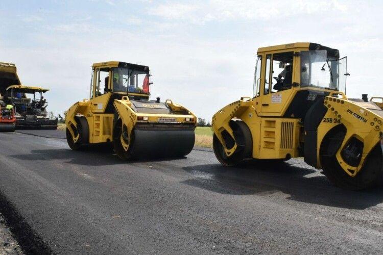 Ціна вражає: в Україні з'явиться перша платна дорога