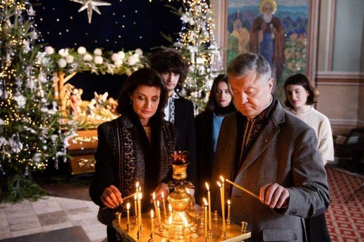 П'ятийПрезидент звернувся до українців із Різдвяним привітанням зі стін тисячолітнього Видубицького монастиря (Відео)
