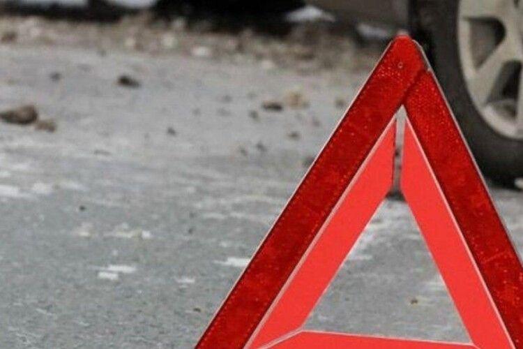 У Ковельському районі Peugeot Expert злетів у кювет, водій загинув