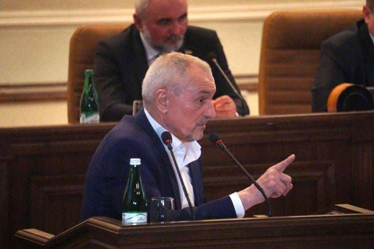 Бенефіс голови Волинської облдержадміністрації на 22-ій сесії
