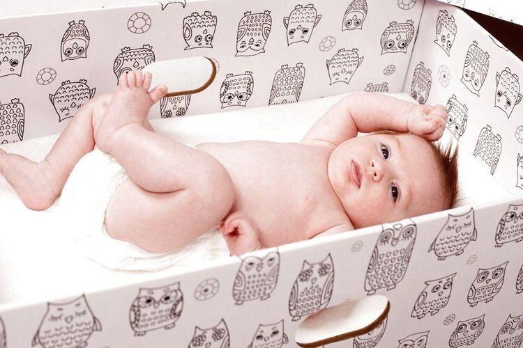 Волинським матусям даватимуть гроші замість «пакунка малюка»
