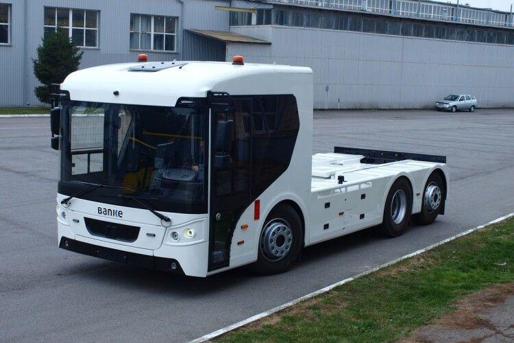Луцький автозавод запатентував електричну вантажівку  (Фото)