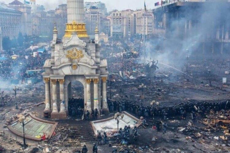 «Низький уклін тим, хто залишився на цих вулицях назавжди», – Сенцов про Революцію Гідності