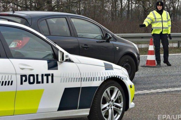 Наркодилер переплутав автівки – замість таксі сів до поліцейських