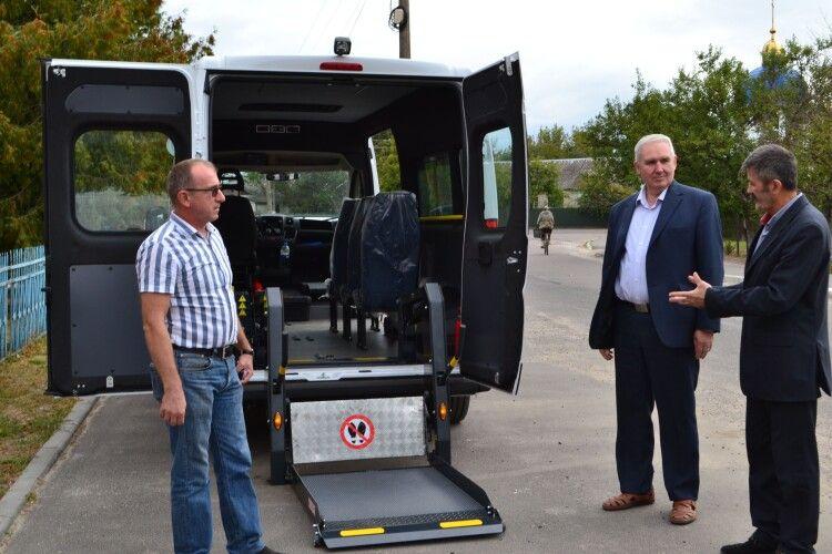 У Турійській громаді люди з інвалідністю можуть скористатися безкоштовним «Соціальним таксі»