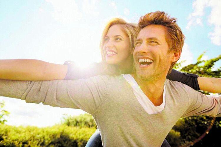 Науково доведено: на наш успіх суттєво впливає людина, з якою ми одружуємося