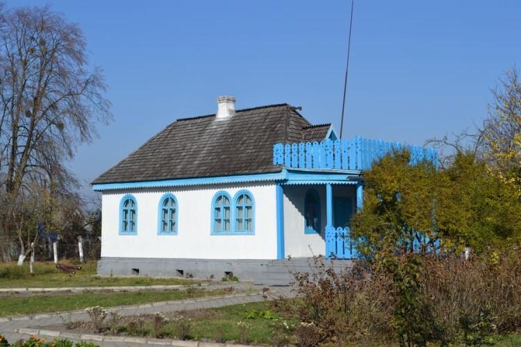 Будинки родини Косачів у Колодяжному таки відреставрують