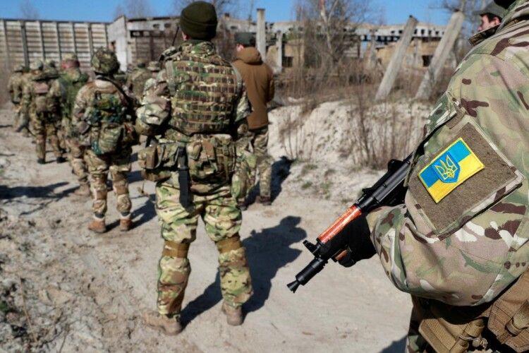 На Донбасі через обстріл бойовиків загинув український військовий