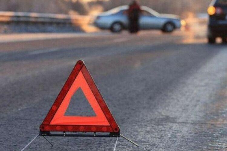 У Рожищенському районі водій збив 22-річного пішохода