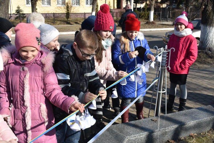 У Ківерцях вперше пройшла Тиха акція «Ангели пам'яті» (Фото)