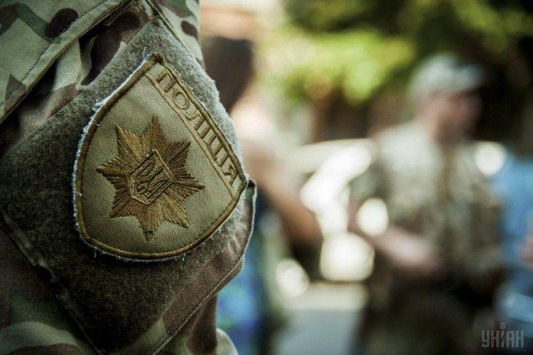 Поліція взяла під цілодобову охорону окружні виборчкоми