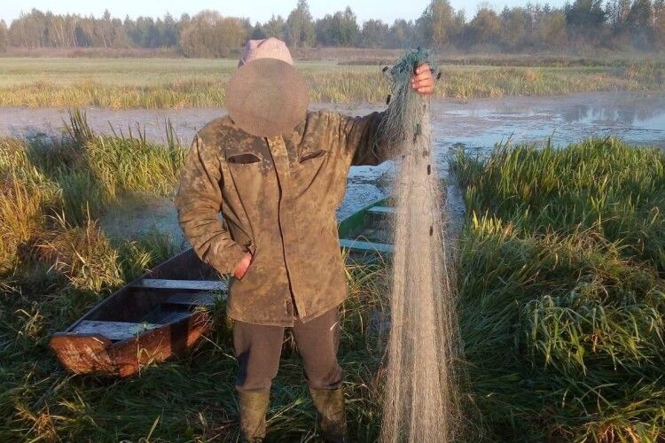 За минулий тиждень рибоохоронний патруль вилучив на Волині 24 заборонених знаряддя лову