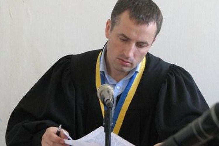 Суддю судитимуть заспізнення