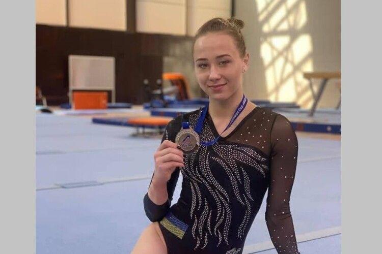 Українські гімнасти завоювали два золота та срібло у другий день фіналів етапу Кубка світу